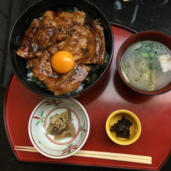銀座 ランチ 佐賀昇 ちゃんこ鍋 やわらか豚丼
