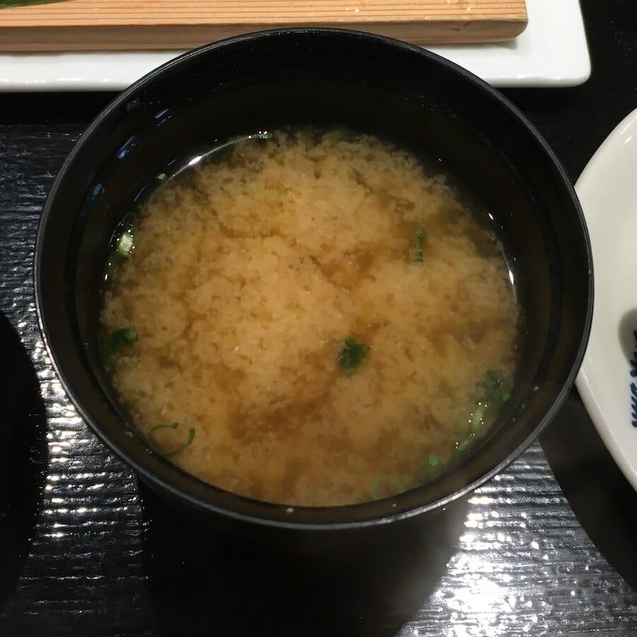 横濱屋本舗食堂 南部市場 味噌汁